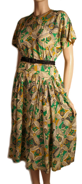 1940s Vintage Suzy Perette Dress at Ballyhoo Vintage Clothing :  cocktail party dresses print clothing green