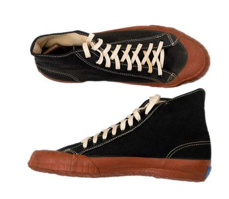 1940s Vintage Keds Sneakers  Ballyhoovintage.com c51c664e53b